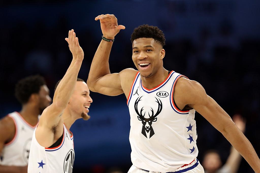篮球:猛龙力克湖人 雄鹿轻取勇士 快船险胜开拓者