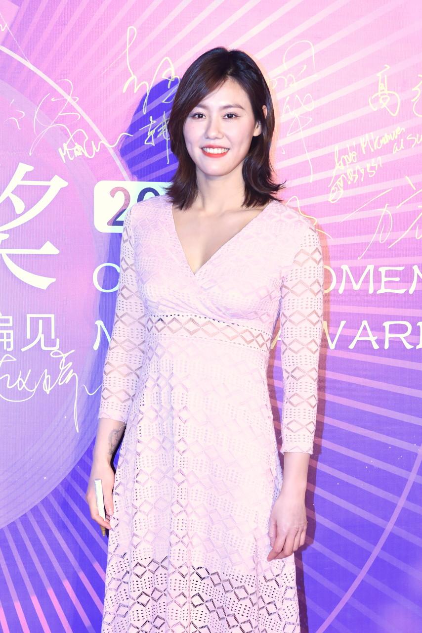 泳坛新女神刘湘